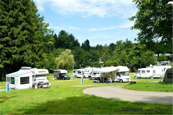 精彩活动乐不断 德国森林型露营地Gitzenweiler hof